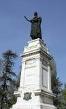 Imponerande staty av den berömda poeten Virgil i mitten i cet royaltyfria bilder