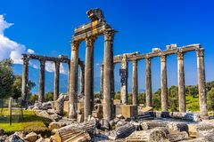 Imponująco świątynia Zeus Lepsinos Euromus Euromos Antyczny miasto, Milas, Mugla, Turcja obrazy stock