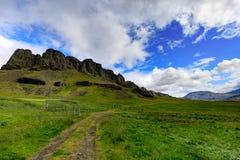 Imponująco icelandic góra krajobraz w vesturland, Iceland zdjęcie stock