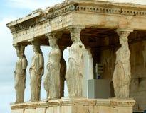 Imponująco kariatyda ganeczek Erechtheum starożytnego grka świątynia na akropolu, Grecja Obrazy Royalty Free