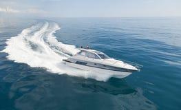 Motorowa łódź obrazy royalty free