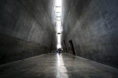 Imponująco Yad Vashem - Izraelicki krajowy pomnik holokaust i bohaterstwo dedykujący pamięć ludobójstwo Żydowski obrazy stock