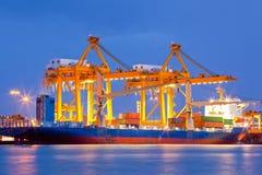 Importaciones/exportaciones logísticas del astillero Fotos de archivo libres de regalías