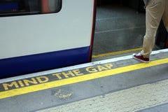 IMPORTE DE GAP - EL METRO DE LONDRES Fotos de archivo libres de regalías