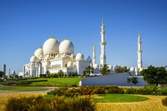 Imposing Sheikh Zayed Grand Mosque in Abu Dhabi 22. The imposing Sheikh Zayed Grand Mosque in Abu Dhabi Royalty Free Stock Photos
