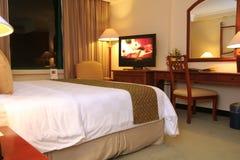 Impostazione della stanza della camera di albergo Fotografie Stock