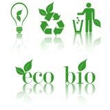Imposti le icone verdi di ecologia Fotografia Stock