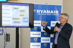 Imprensa-conferência de Ryanair no aeroporto de Kyiv-Boryspil, Ucrânia fotografia de stock royalty free