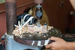 Imprensa de broca da perfuração de madeira Foto de Stock