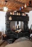 Imprensa de vinho do ano 1777 para pressionar o vinho Fotos de Stock