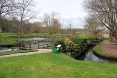 Impresa di piscicoltura della trota nei cotswolds Inghilterra immagini stock