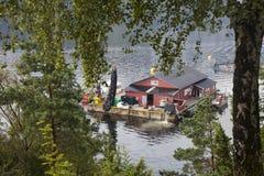 Impresa di piscicoltura norvegese Immagine Stock Libera da Diritti