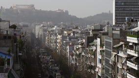 Impresión de la ciudad de Atenas en invierno almacen de metraje de vídeo