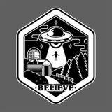Impresión de la etiqueta engomada del remiendo del espacio del UFO libre illustration