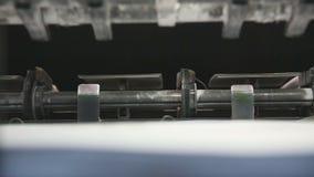 Impresión del detalle compensado de la impresión del papel de máquina almacen de video