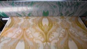 Impresión del papel pintado, proceso de fabricación del papel pintado, fábrica del papel pintado almacen de video