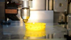 impresiones de la impresora 3D de la figura plástica almacen de metraje de vídeo