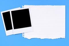 Impresiones en blanco de la foto con el papel de escribir rasgado Foto de archivo libre de regalías