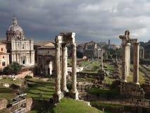 Impresive sikt av Romans Forum royaltyfria foton