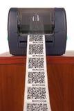 Impresora de la etiqueta de código de barras Imagen de archivo libre de regalías