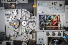 Impresora industrial de la película del cine 35m m del vintage raro con la película Foto de archivo libre de regalías