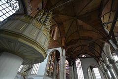 Impressões do Oude Kerk Igreja velha em Amsterdão, Países Baixos Foto de Stock Royalty Free