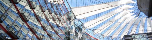 Impressions de Sony Center à la place de Potsdam, Potsdamer Platz à Berlin depuis le 1er juin 2017, l'Allemagne Photographie stock