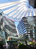 Impressions de Sony Center à la place de Potsdam, Potsdamer Platz à Berlin depuis le 1er juin 2017, l'Allemagne Photo libre de droits