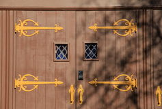 Impressive brown doors Royalty Free Stock Photography