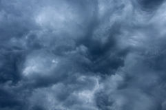 Impressive pattern of clouds before rain Royalty Free Stock Images