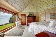 Impressive spacious bedroom Royalty Free Stock Photo