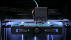 impressora 3D durante o trabalho Foto de Stock Royalty Free