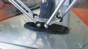 a impressora 3D executa a criação do produto filme