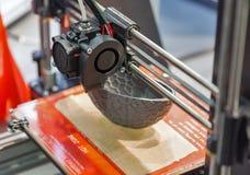 impressora 3D na cabine em ECO 2017 em Kiev, Ucrânia Foto de Stock Royalty Free