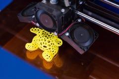 impressora 3d no cubo da tecnologia em Milão, Itália Imagens de Stock Royalty Free