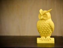 impressora 3D que imprime a figura amarela close-up Fotografia de Stock