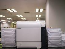 Impressora a laser e papel Imagens de Stock Royalty Free