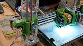 Impressora tridimensional do plástico 3d Fotografia de Stock