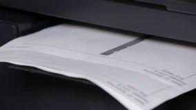 Imprimante In Action Papiers d'imprimerie banque de vidéos