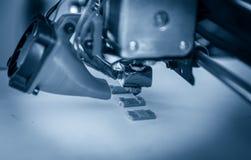 Imprimante en plastique tridimensionnelle électronique pendant le travail, 3D, imprimant Image libre de droits