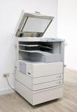 Imprimante multifonctionnelle de bureau Photo stock
