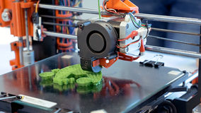 Imprimante tridimensionnelle du plastique 3d Photographie stock libre de droits