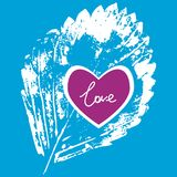 Imprime la hoja blanca en un fondo azul, amor Foto de archivo