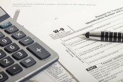 Impuestos sobre la renta imágenes de archivo libres de regalías