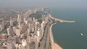 Impulsión de Chicago a orillas del lago almacen de video