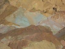 Impulsión de los artistas en Death Valley Imágenes de archivo libres de regalías