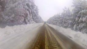Impulsión del invierno en la montaña metrajes