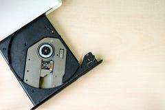 Impulsión portátil de CD/DVD fotografía de archivo