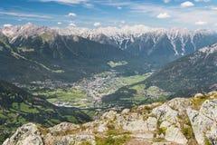 Imst et vallée d'auberge en Autriche photos libres de droits