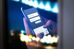 Início de uma sessão com o smartphone à conta bancária em linha imagem de stock royalty free